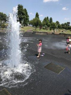 3歳♪ 近くの噴水公園に行きました♪