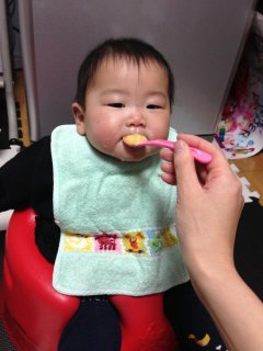 生後7ヵ月後半・・・離乳食、2回食になりました♪