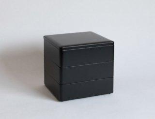重箱6.5×6 三段 黒内朱