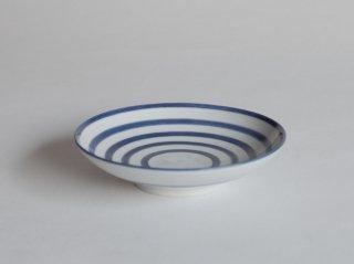 白磁呉須独楽絵皿