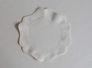 苧麻布輪花褓子器 大 白