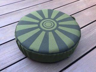 【SALE】対戦車地雷型クッション