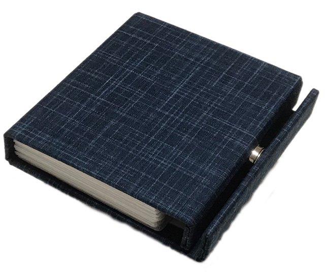JAVA-Light(ジャバライト) ケースは優しい手触りの布地貼りです。
