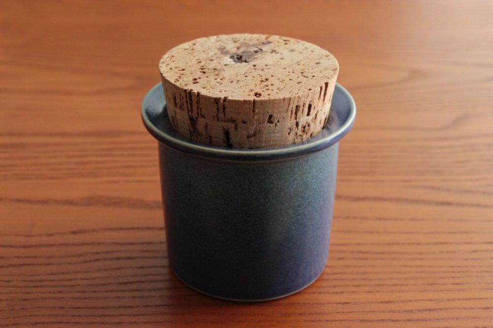自転車の キティ 自転車 大人用 : 小さな四角い紅茶缶3個セット ...