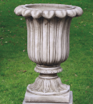 FLUTED URN <img class='new_mark_img2' src='//img.shop-pro.jp/img/new/icons51.gif' style='border:none;display:inline;margin:0px;padding:0px;width:auto;' />