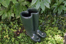 PAINTED GREEN WELLIES (コンクリート製品)