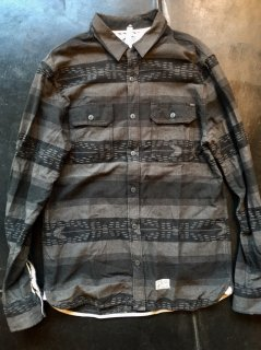 VANS NEL SHIRTS  /Used