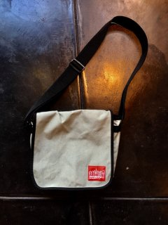 USED Manhattan Portage Messenger Bag