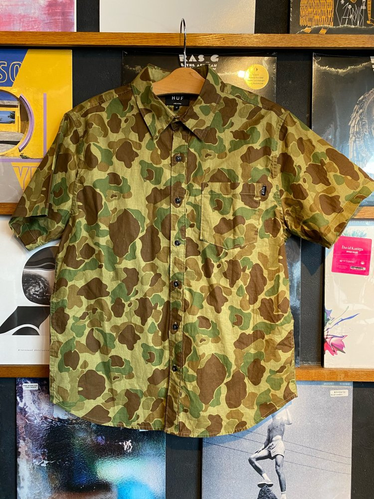 HUF ARMY S/S Shirts : USED