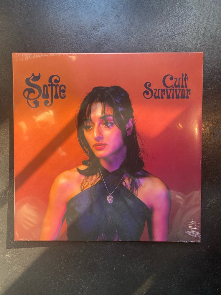 Sofie ・CULT SURVIVOR (LP) NEW
