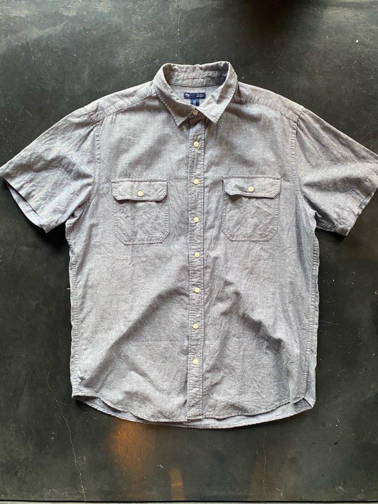 GAP cotton shirts-used- men's XL