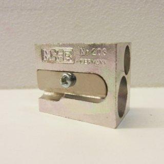 M+R メタル2穴シャープナー