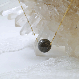 祈ららオリジナル・サハラ隕石12ミリ玉1粒ペンダントAA40センチ