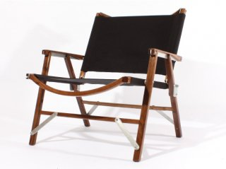 <img class='new_mark_img1' src='https://img.shop-pro.jp/img/new/icons47.gif' style='border:none;display:inline;margin:0px;padding:0px;width:auto;' />Kermit Wide Chair WALNUT -BLACK-