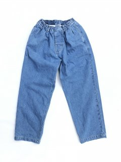 COMFORTABLE REASON<br>ICE IN EASY DENIM<br>