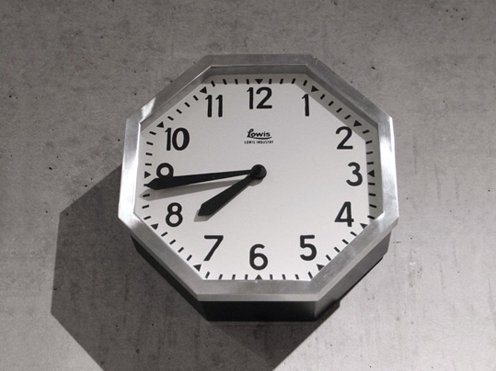 DETAIL/Lowis Industry Octagon Clock ルイスインダストリーオクタゴンクロック 壁掛け時計【送料無料】【画像3】