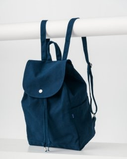 <img class='new_mark_img1' src='https://img.shop-pro.jp/img/new/icons20.gif' style='border:none;display:inline;margin:0px;padding:0px;width:auto;' />DRAWSTRING BACKPACK インディゴ