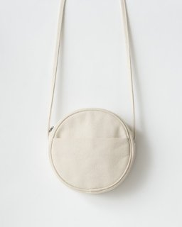<img class='new_mark_img1' src='https://img.shop-pro.jp/img/new/icons20.gif' style='border:none;display:inline;margin:0px;padding:0px;width:auto;' />CANVAS CIRCLE PURSE  S キャンバスホワイト