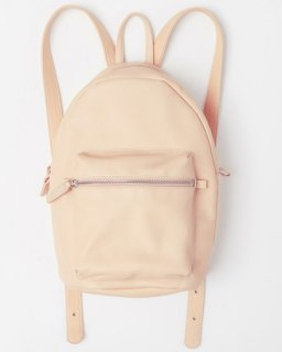 <img class='new_mark_img1' src='//img.shop-pro.jp/img/new/icons20.gif' style='border:none;display:inline;margin:0px;padding:0px;width:auto;' />LEATHER BACKPACK パステル(SS16)