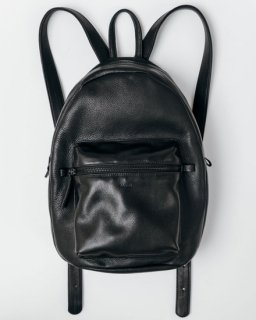 LEATHER BACKPACK ブラック(SS18)