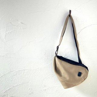 musta<br>bodybag
