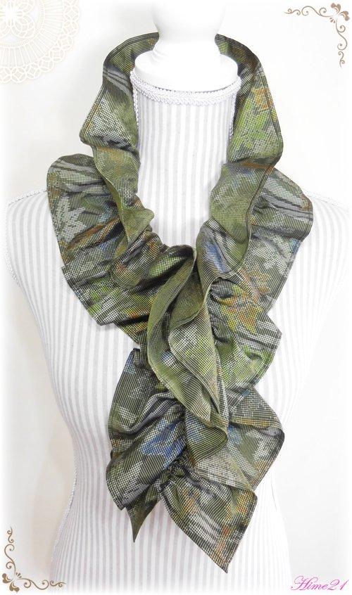 大島紬のシャーリングフリルショール(モスグリーン)◆着物リメイク*絹シルク*マフラーや付け襟としても・・・sho-137